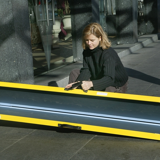 Lite ramp from Stepless is lightweight made of fiberglass and carbon fibre