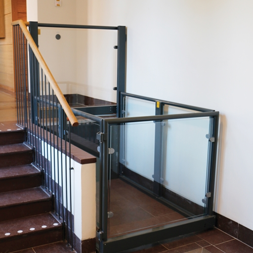 Stepless platform lift model A Lux Lund