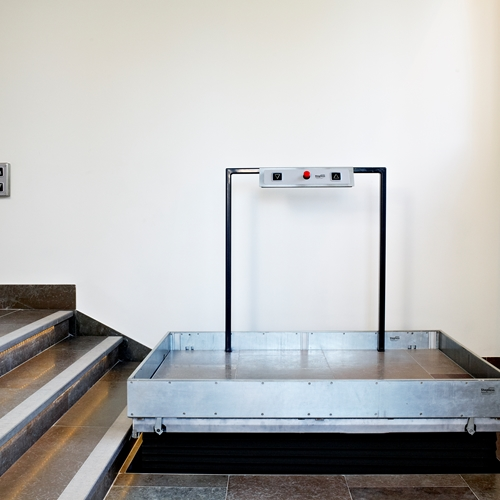 The Stepless LP50H platform lift is intended for recessing into the floor in front of the stairs that users need to negotiate, and therefore provides a solution so simple and discreet that it is almost invisible when not in use.
