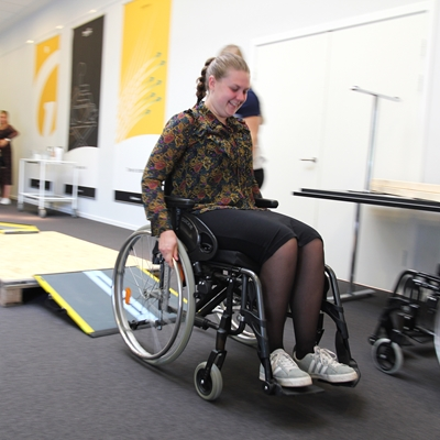 we have had the pleasure of teaching a large group of occupational therapy students about some of the daily challenges as a wheelchair user.